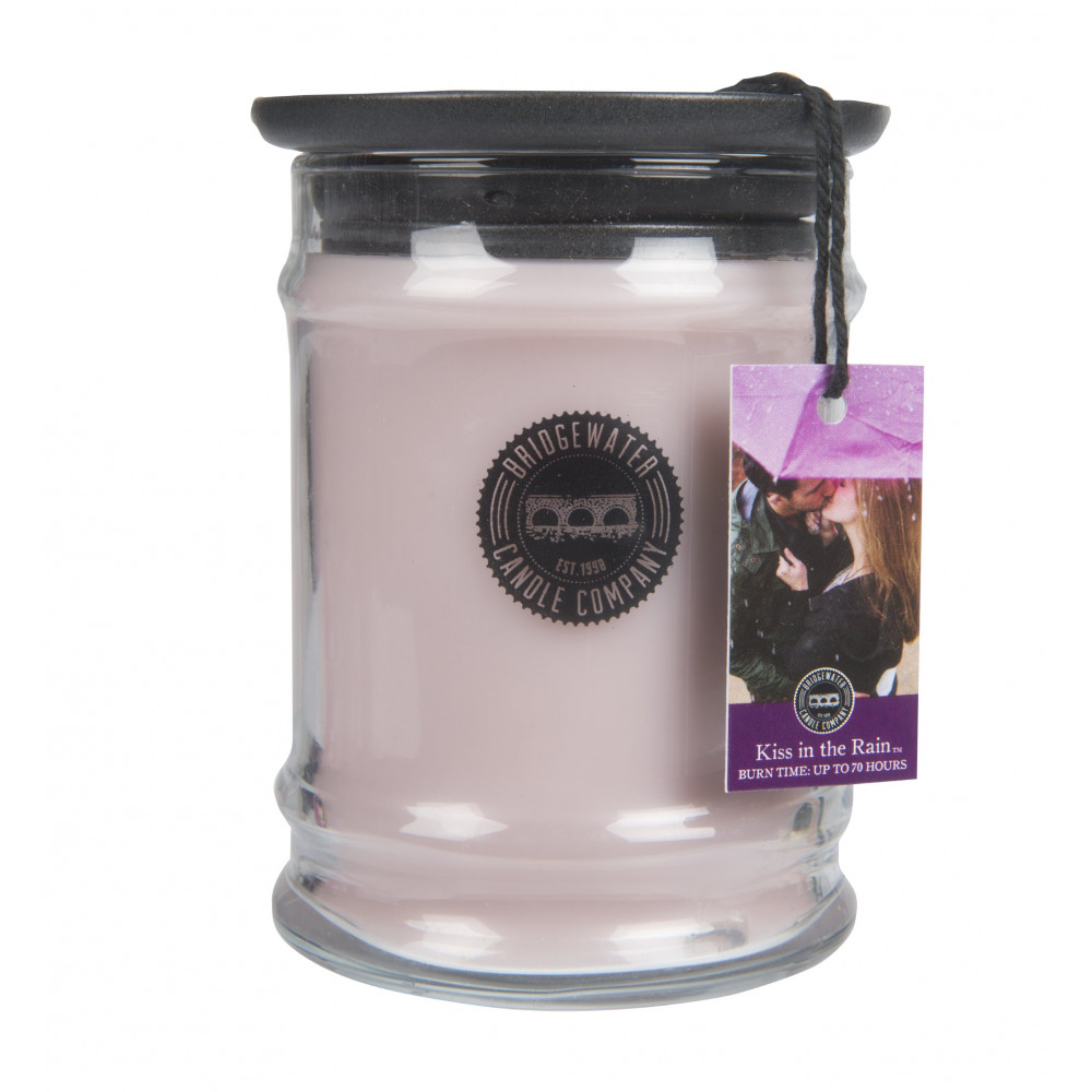 Bridgewater Candle Company - Candle - 8oz Small Jar - Kiss in the Rain